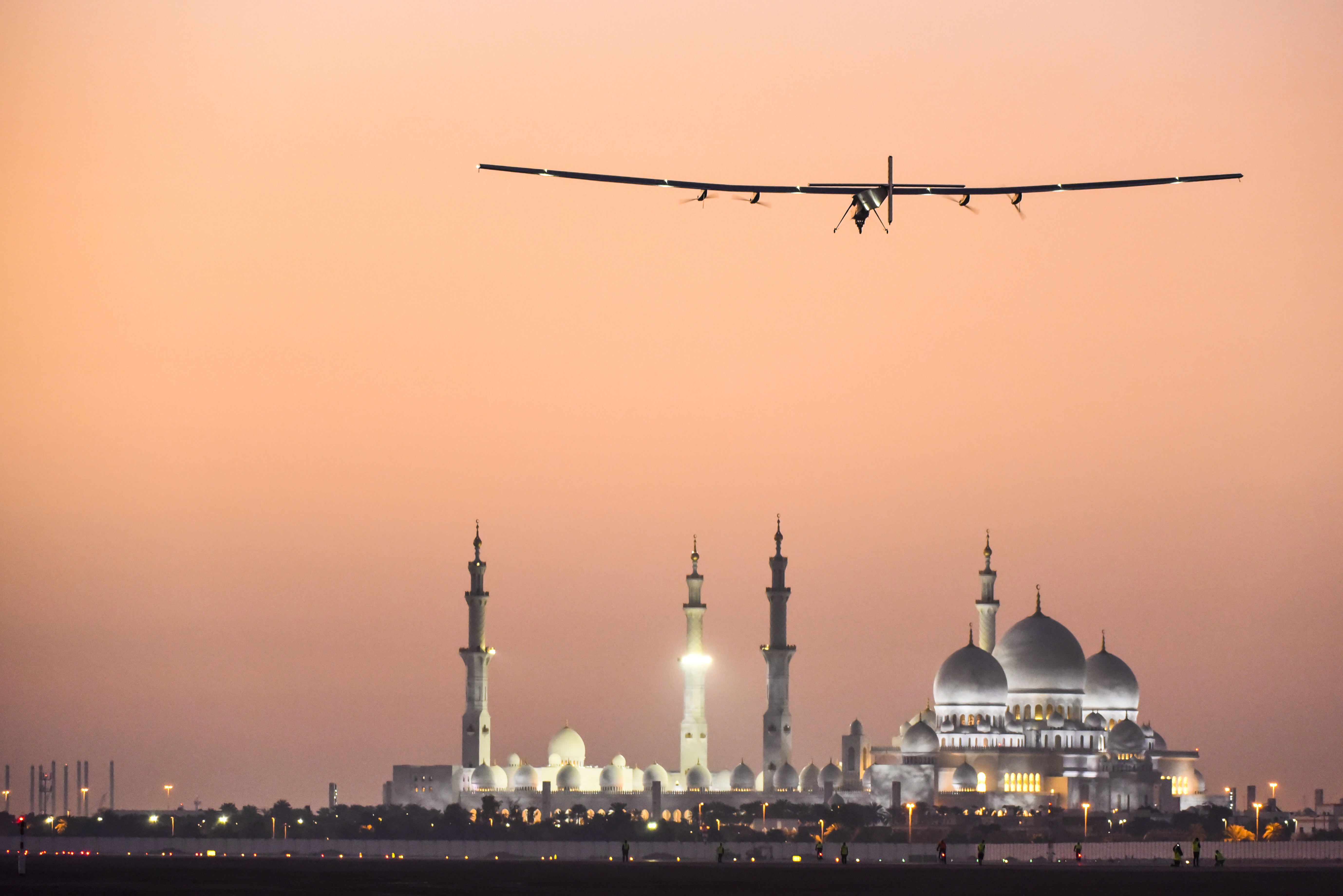 Solar Impulse 2 over Abu Dhabi